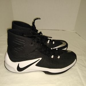 Nike Zoom Clearout High Top Tennis Shoes